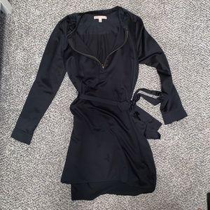 [Banana Republic] Black Quarter Zipper Dress